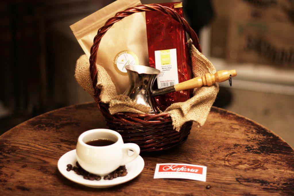 Красиво оформленный кофейный набор