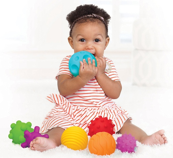 Мячик для девочки 1 год