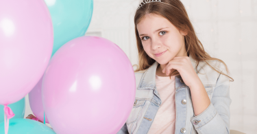 что подарить девочке на 12 лет на день рождения