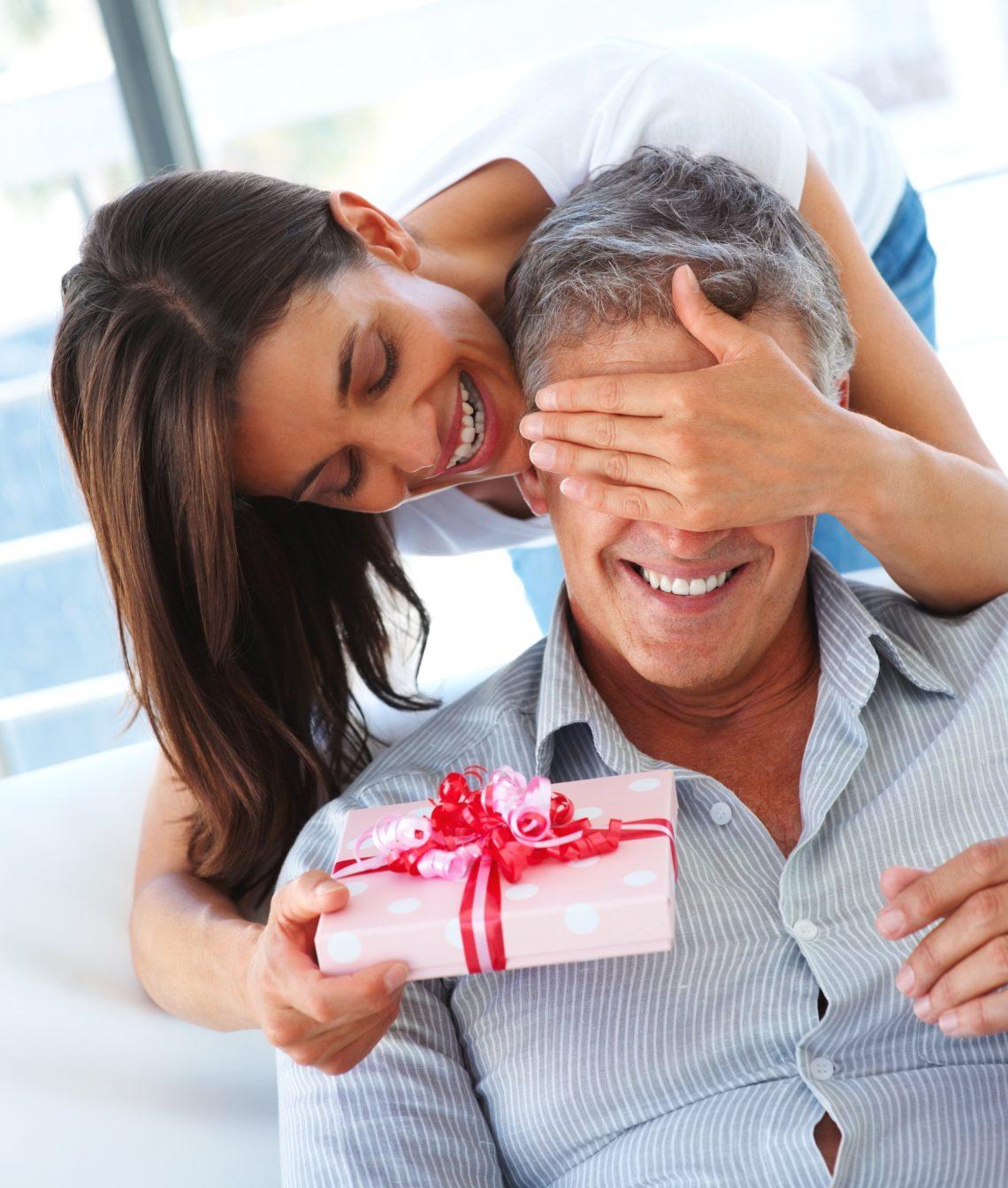 ведомость наркотические подарок супруге на день рождения с фото однотонной крошечной