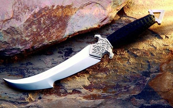 не просто нож
