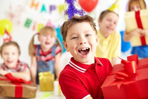 Что подарить ребёнку на 9 лет