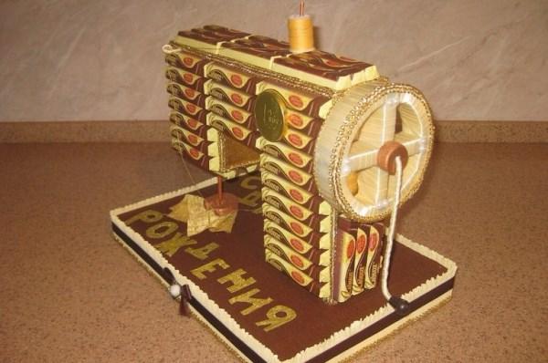 швейная машинка из конфет