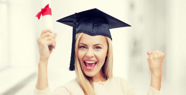 Что можно подарить девушке на защиту диплом