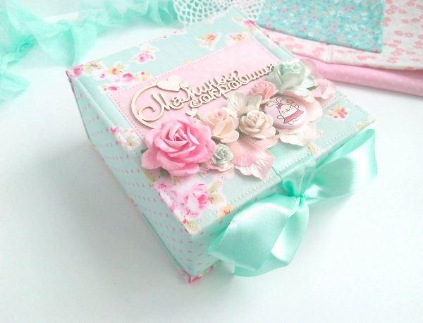 Что подарить молодой маме на день рождения
