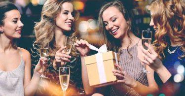 Что подарить девушке на 29 лет