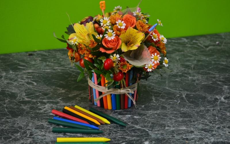 букет карандашей