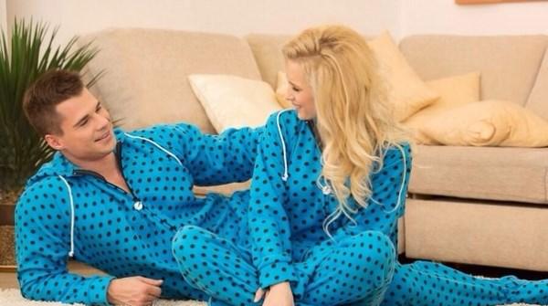парные голубые пижамы