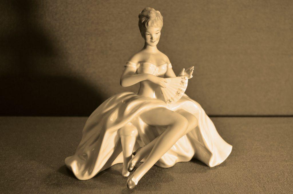 танцовщица статуэтка