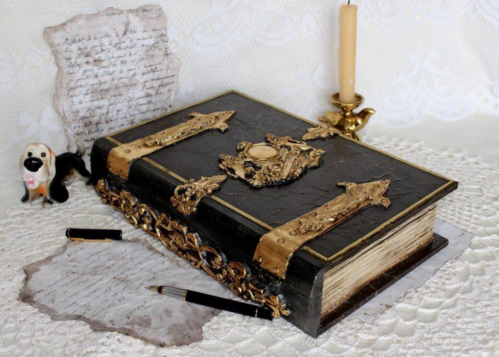 Книга семейной родословной