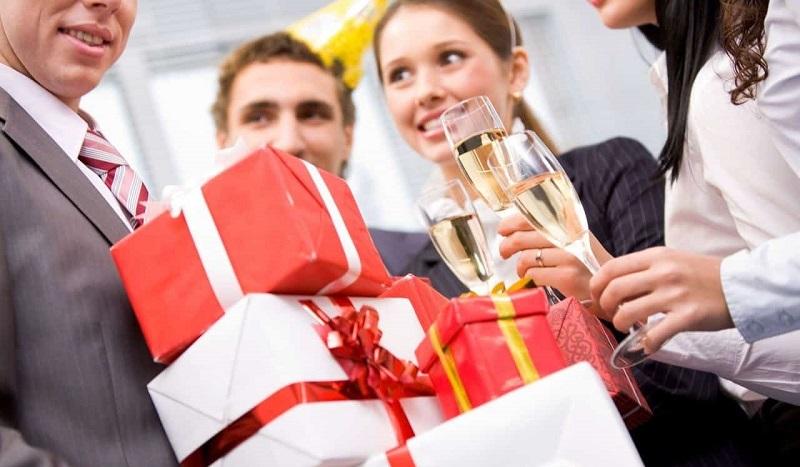Подарок должен выглядеть подарком