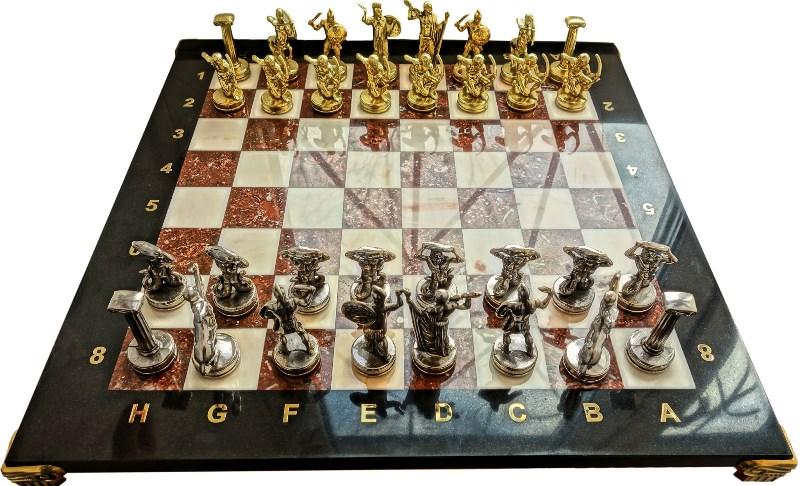 Шахматы с бронзовыми фигурами