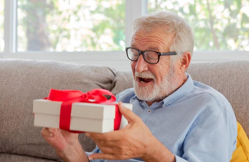 Подарки на 75-летие мужчины