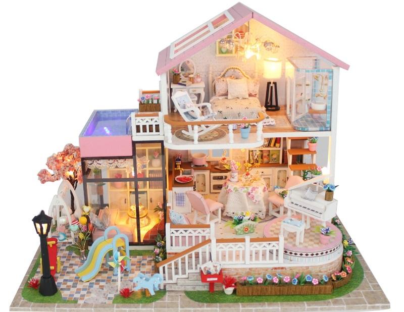 Настоящий дворец для маленькой принцессы