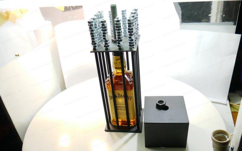 Виски в клетке